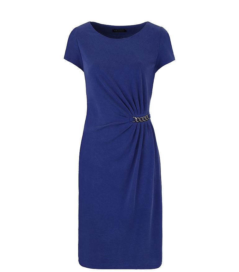 Granatowa sukienka z łańcuszkiem