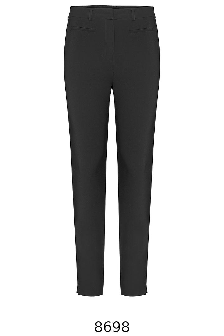 klasyczne czarne spodnie rurki. Spodnie Vito Vergelis.