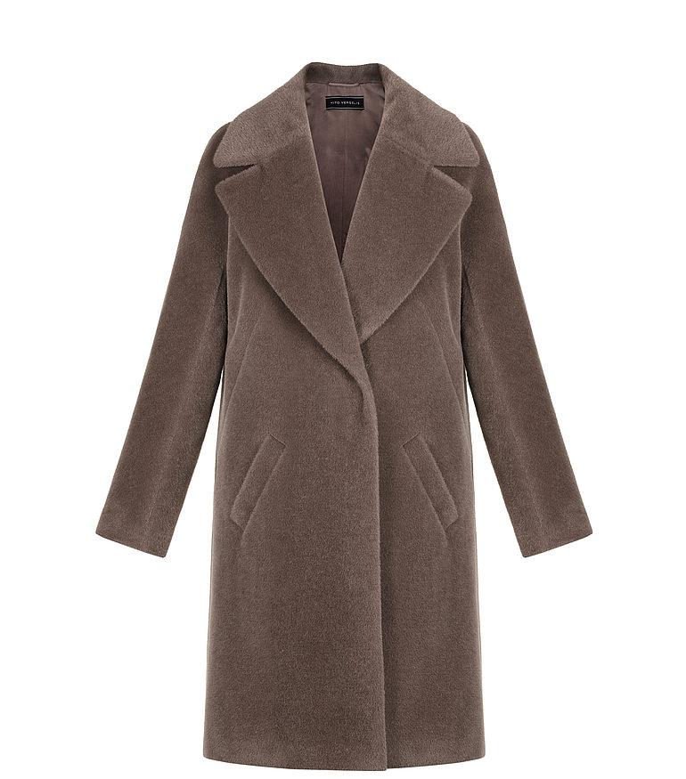 Płaszcz z szerokimi klapami