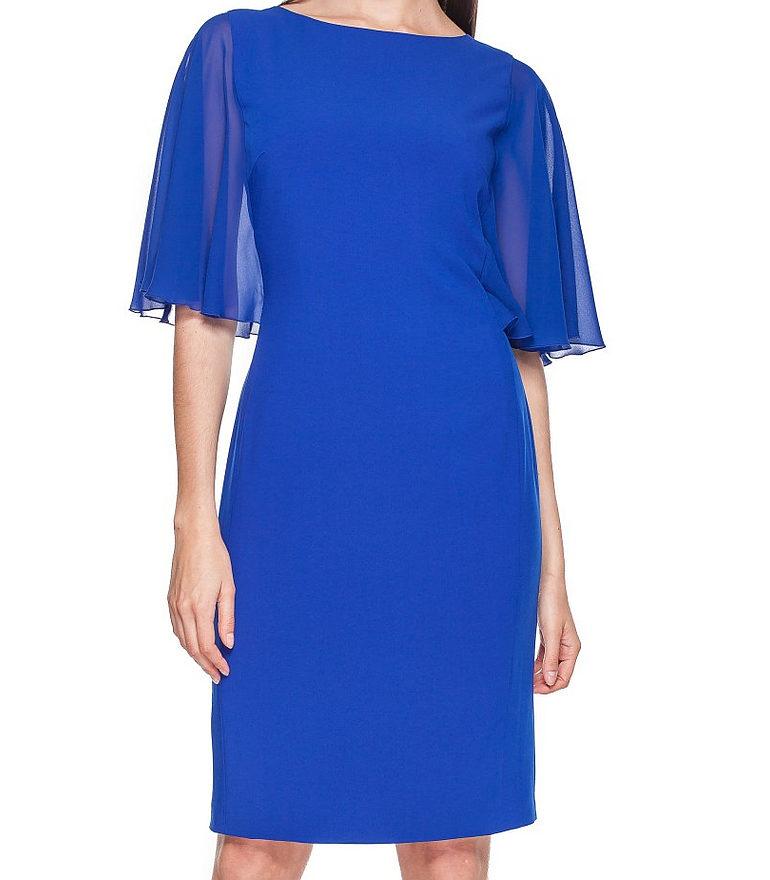 kobaltowa sukienka z szyfonowymi rękawami