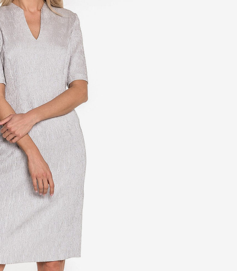 sukienka szara tłoczony wzór