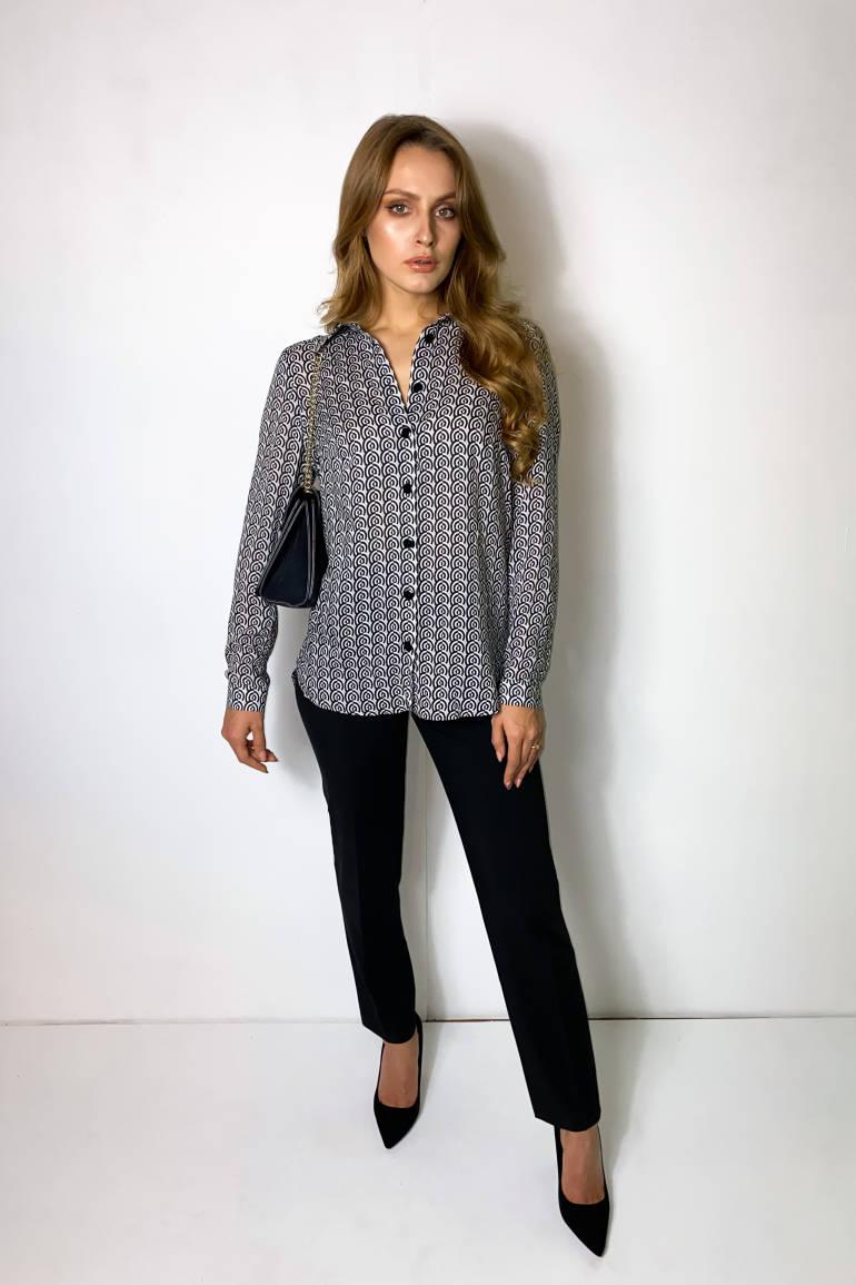 Czarno-biała wzorzysta koszula damska z wiskozy marki Vito Vergelis