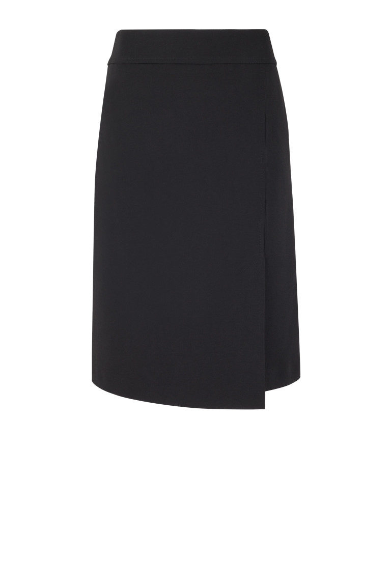 Czarna klasyczna spódnica