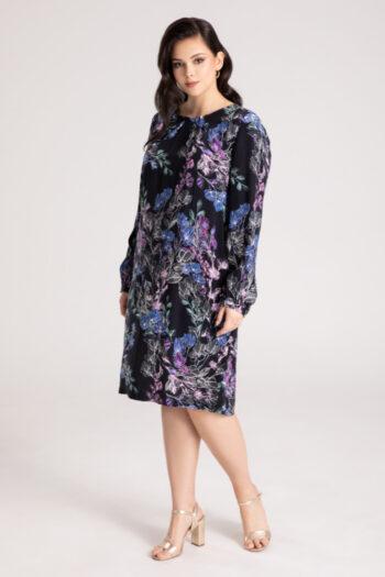 Czarna sukienka plus size w kwiaty z cupro z wiskozą.
