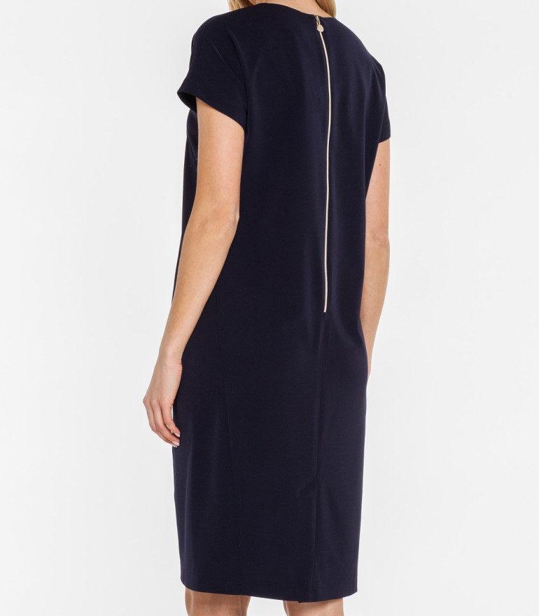 Granatowa sukienka z geometrycznym dekoltem