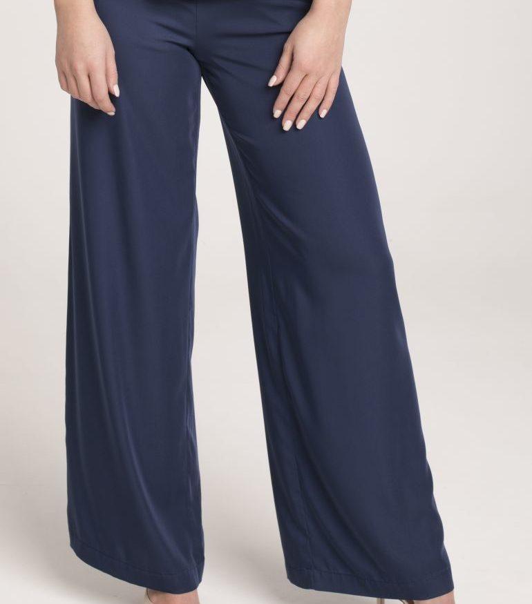 Granatowe szerokie spodnie na lato