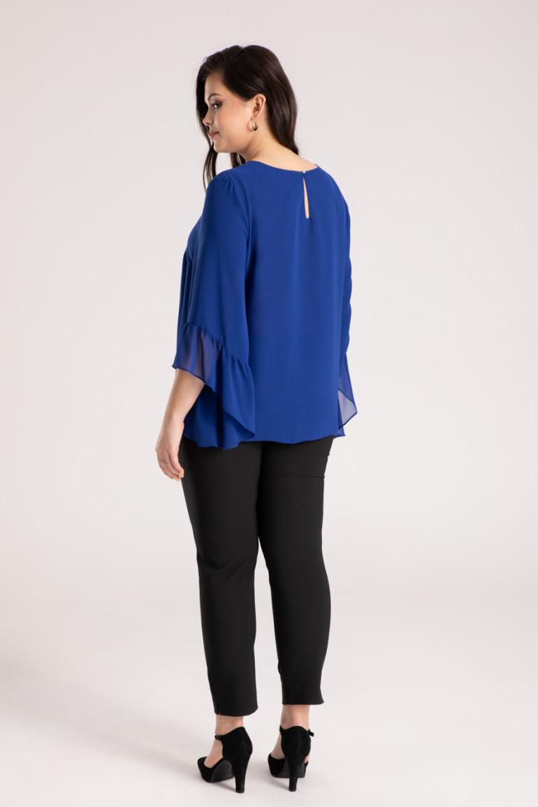 kobaltowa bluzka z szyfonu z falbanami przy rękawach bluzka plus size Vito Vergelis
