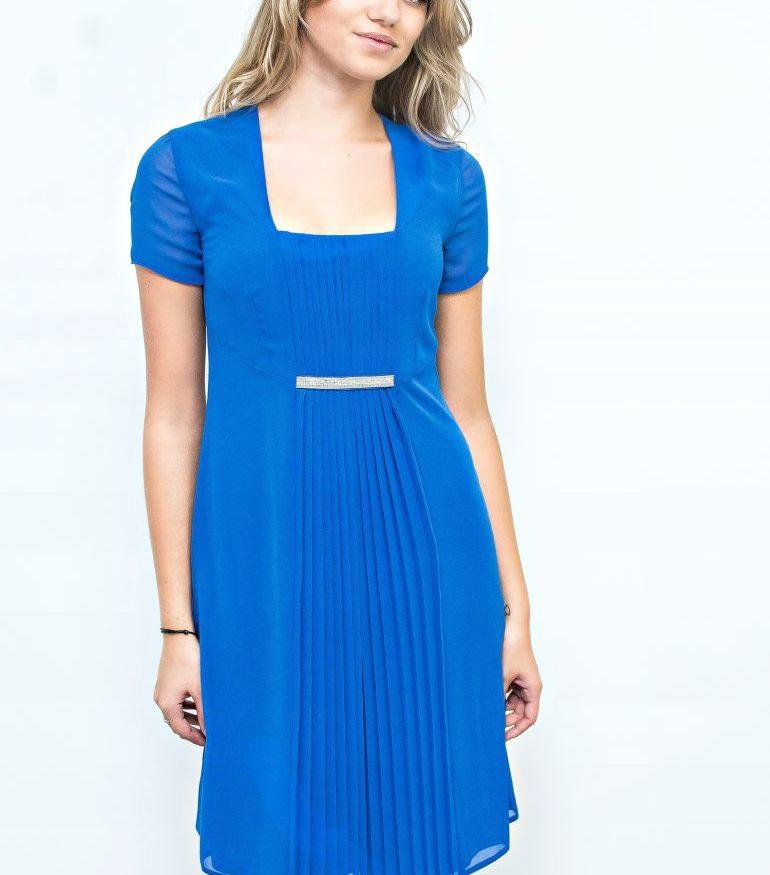 Kobaltowa sukienka z plisowaniem