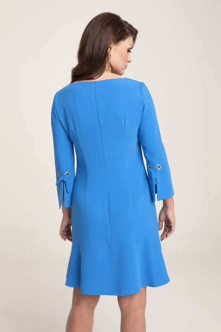 Sukienka w kolorze lazurowym