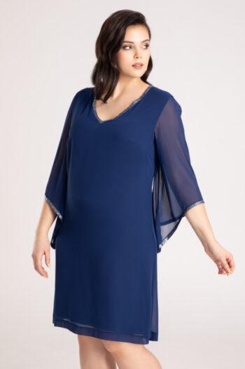 Kolekcja wizytowa. Niebieska sukienka plus size z szyfonu oversize na duże rozmiary marki Vito Vergelis