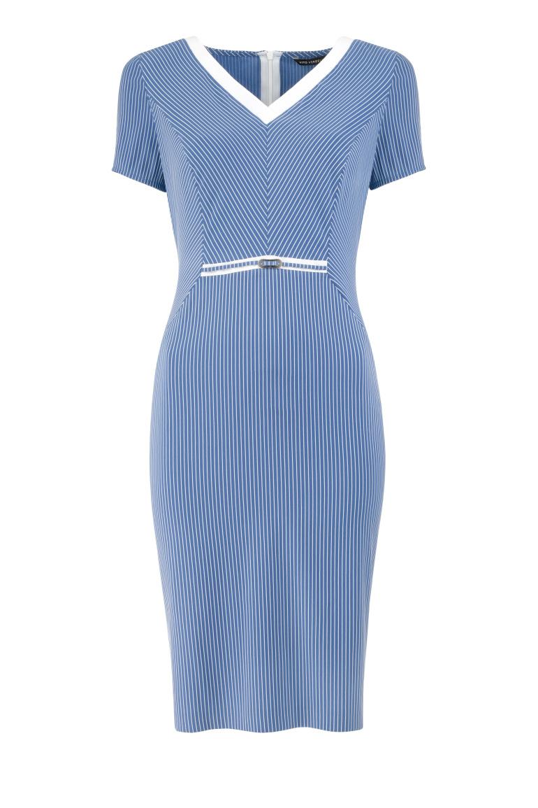 Niebieska sukienka w prążek
