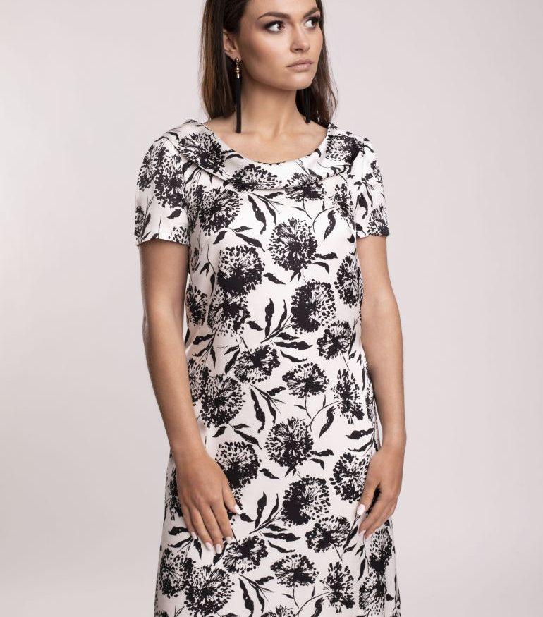 Sukienka w czarne kwiatki