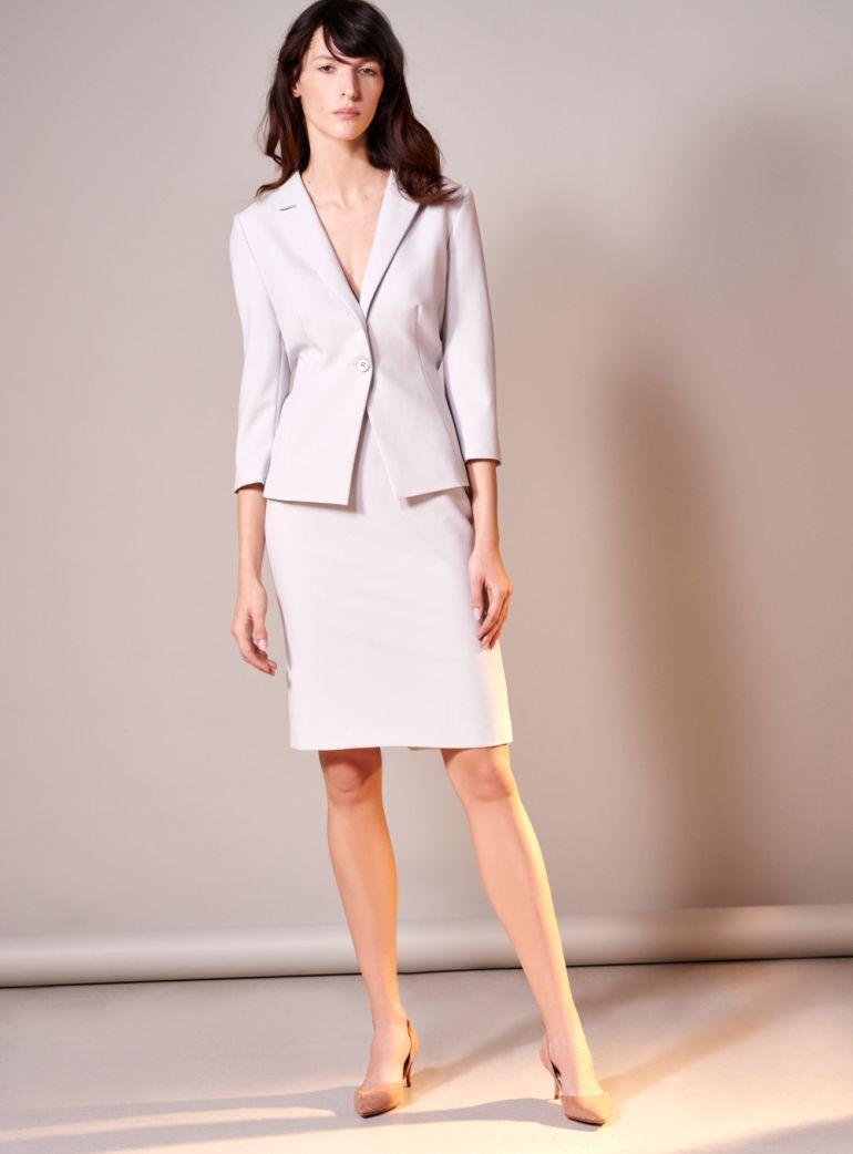 Linia biznes. Żakiet i spódnica. Komplet do pracy. Szara spódnica ołówkowa i klasyczny szary żakiet marki Vito Vergelis.