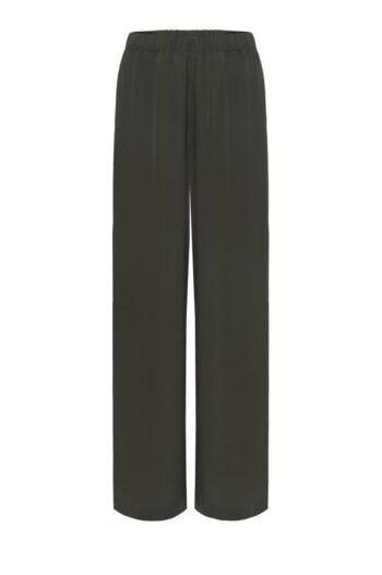 zielone spodnie damskie na lato z szerokimi nogawkami. spodnie oliwkowe marki Vito Vergelis