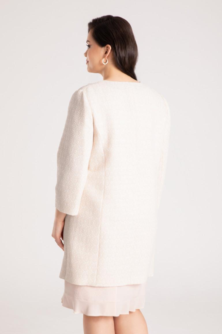 Wzorzysty, wizytowy płaszcz plus size z klamrą. Płaszcz Vito Vergelis. Kolekcja wizytowa.