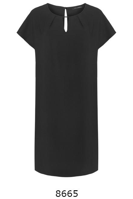 Czarna sukienka oversize z krótkim rękawkiem marki Vito Vergelis
