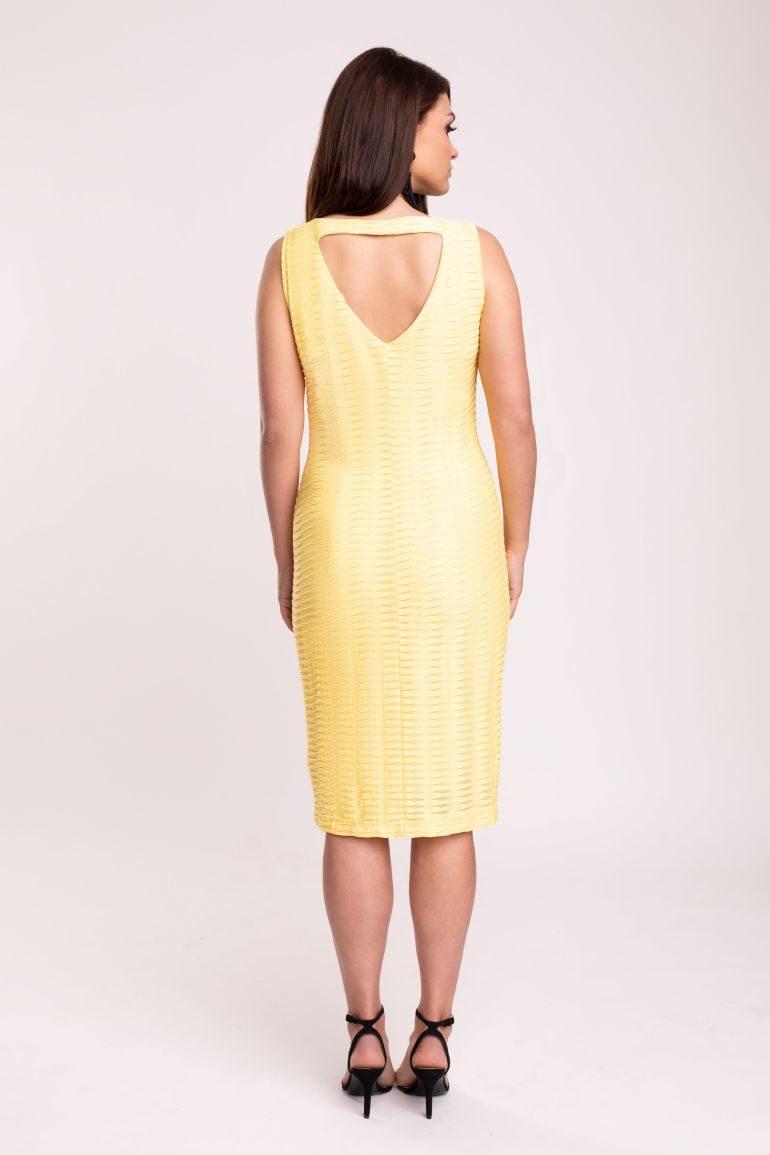 Żółta sukienka tuba