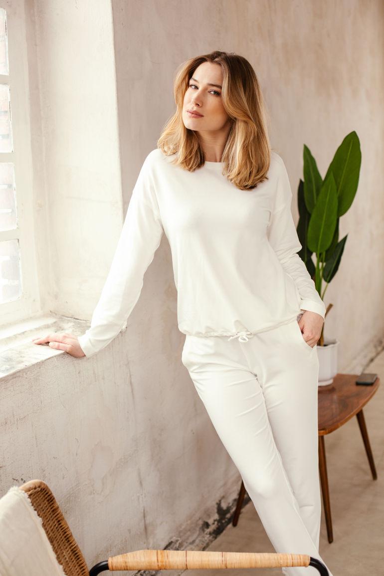 Biała bluza damska micormodal długi rękaw Dzianinowa bluzka polska marka Vito Vergelis