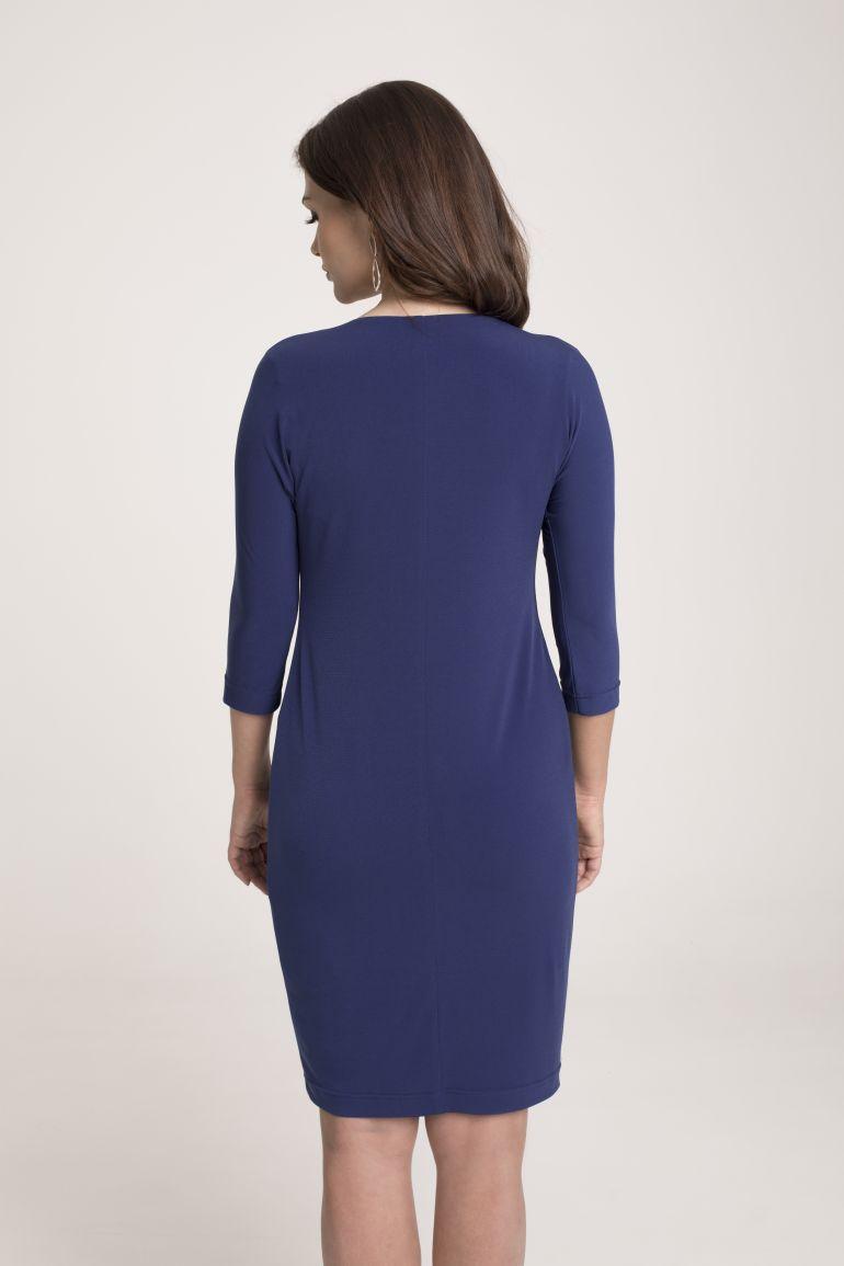 Niebieska sukienka z marszczeniem