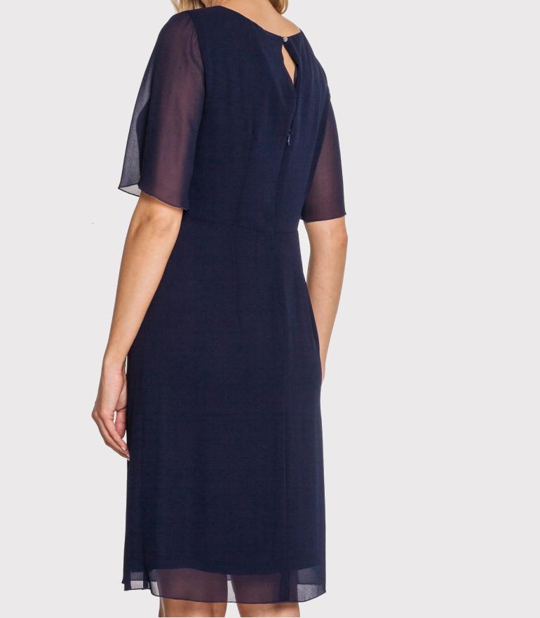 Granatowa sukienka Vito Vergelis z szyfonu z kryształkami i marszczeniem.