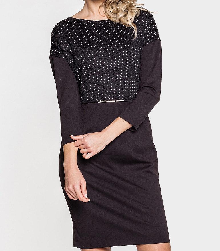 wygodna, czarna sukienka ze srebrnymi kropeczkami