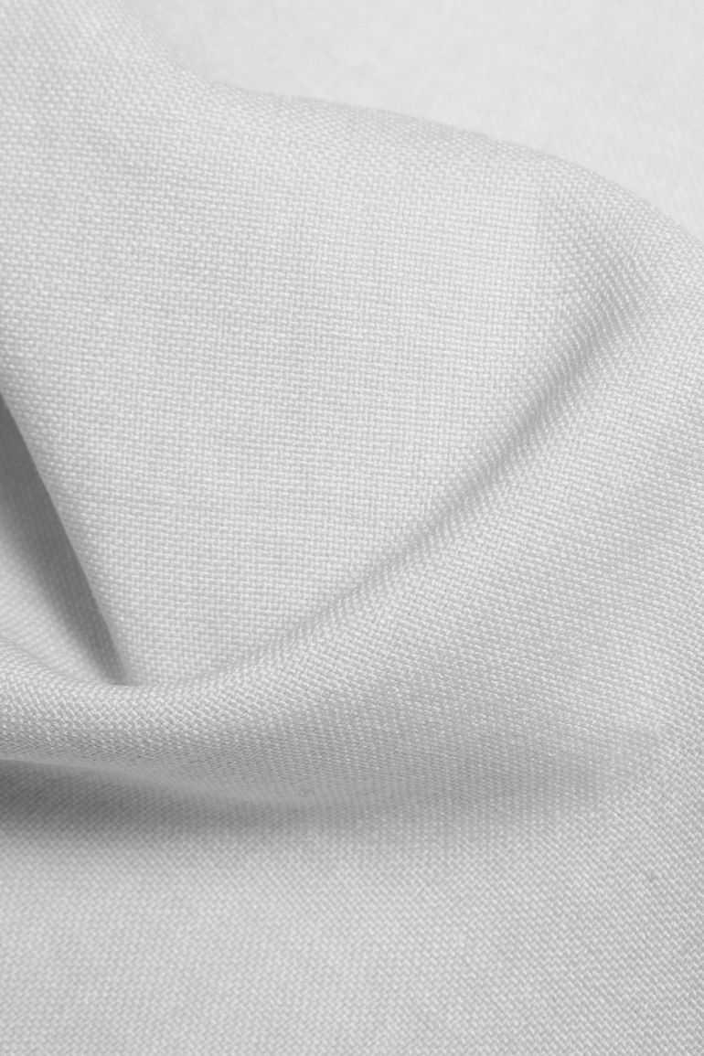 szara tkanina na ubrania polskiej marki Vito Vergelis